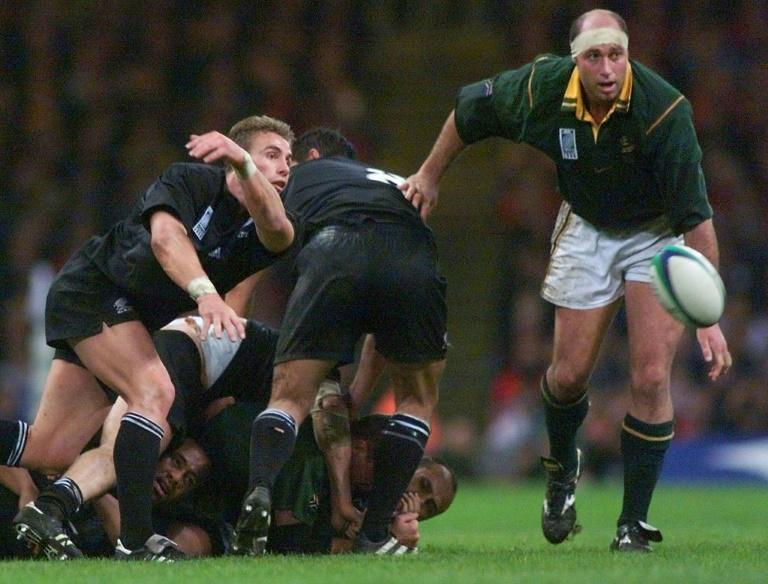 """Springbok forward Mark Andrews, seen here during the 1999 World Cup, """"hated"""" the 1995 World Cup final when South Africa beat New Zealand"""