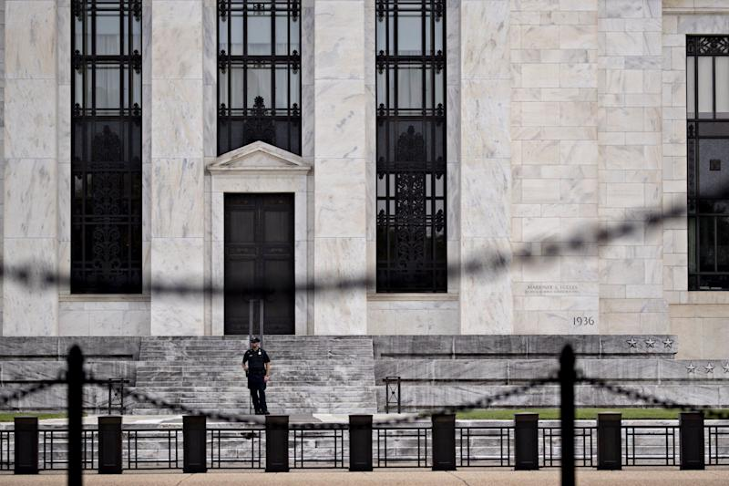The Fed's Torn Over Options to Control Its Benchmark Policy Rate