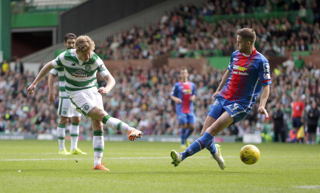 "Football - Celtic v Inverness Caledonian Thistle - Ladbrokes Scottish Premiership - Celtic Park - 15/8/15 Celtic's Stuart Armstrong (L) scores their fourth goal Action Images via Reuters / Graham Stuart Livepic EDITORIAL USE ONLY. No use with unauthorized audio, video, data, fixture lists, club/league logos or ""live"" services. Online in-match use limited to 45 images, no video emulation. No use in betting, games or single club/league/player publications. Please contact your account representative for further details."