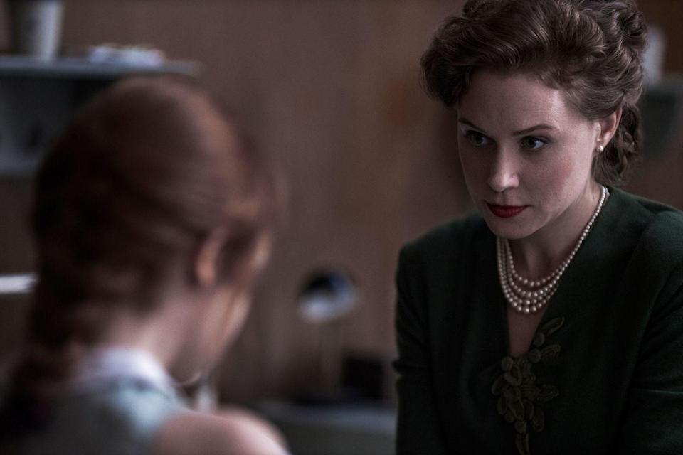 <p>Ms. Deardorff runs the Kentucky orphanage where Beth is taken after the death of her mother, and grants her permission to practice chess both in and outside of the orphanage. Seidel is a prestige TV pro, with credits including <em>Boardwalk Empire</em> and <em>Godless</em>, <em>The Queen's Gambit</em> creator Scott Frank's previous Netflix project.</p>