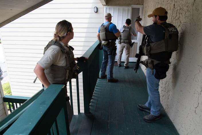 """Despite being widely described as a """"trafficking bust,"""" Operation Not Forgotten was not an anti-trafficking effort and did not involve any law enforcement raids or stings. The operation took place over two weeks and involved authorities in seven states. (Photo: Shane T. McCoy/U.S. Marshals Service)"""