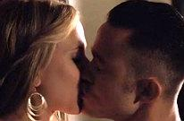 MTV VMAs: Joseph Gordon-Levitt and Scarlett Johansson Swap Spit in New 'Don Jon' Clip (Video)