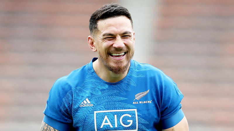 Sonny Bill Williams at a New Zealand training session in Japan. (Getty Images)