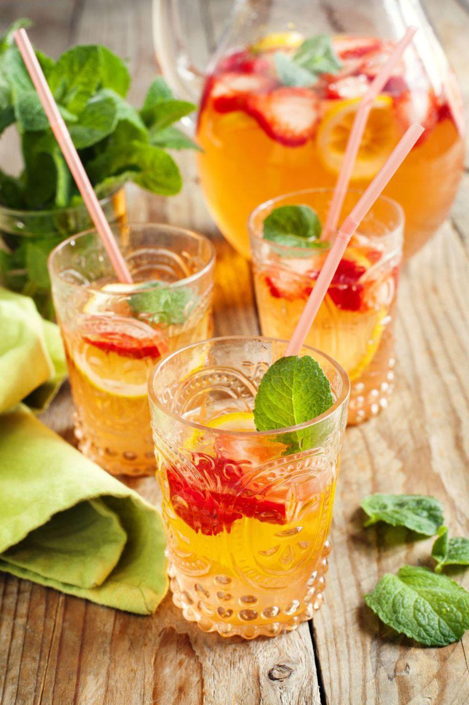 "<p><strong>Ingredients:</strong><br></p><p>3 cups Martini & Rossi Prosecco</p><p>1/4 cup Fresh Squeezed Lemon Juice or Lemonade</p><p>6 large Mint Leaves</p><p>1/2 cups Sparkling Water</p><p>3 Lemon Slices</p><p>5 Fresh Strawberries (sliced)</p><p>3 Cucumber Slices</p><p><strong>Directions: </strong></p><p>Combine lemon juice, mint leaves, sparkling water, lemons, strawberries, and cucumbers in a pitcher. Gently stir in chilled Martini & Rossi Prosecco just before serving. Garnish each glass with a sprig of mint.</p><p><em>Courtesy of <a href=""http://www.totalwine.com/wine/champagne-sparkling-wine/prosecco/martini-rossi-prosecco/p/99448750"" rel=""nofollow noopener"" target=""_blank"" data-ylk=""slk:Martini & Rossi Prosecco"" class=""link rapid-noclick-resp"">Martini & Rossi Prosecco</a></em></p>"