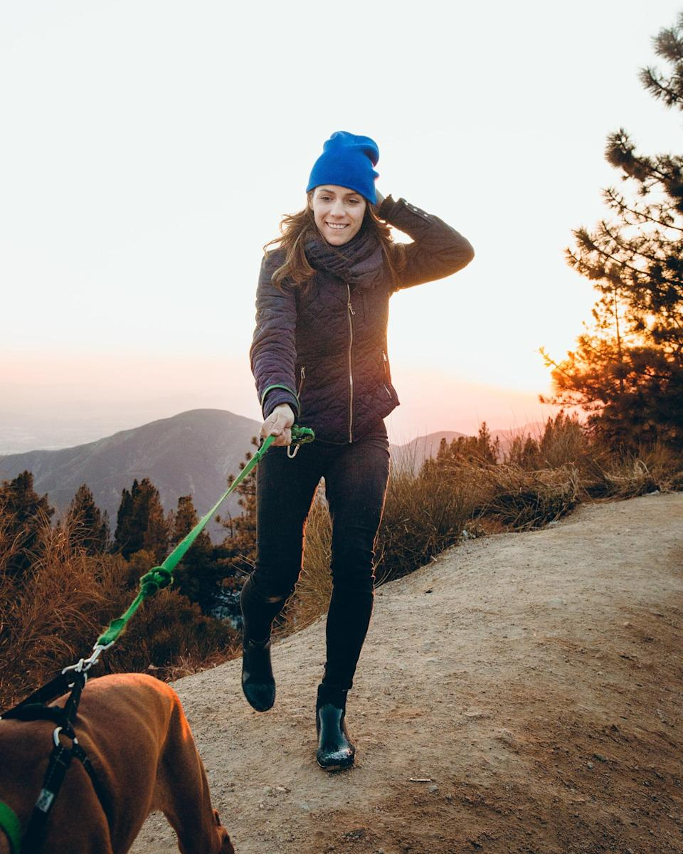 <p>Start your day on the right foot and go on an early-morning walk to get the endorphins flowing.</p>