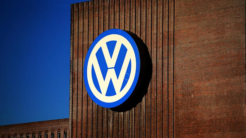 Volkswagen sets full-year sales record in race for top spot