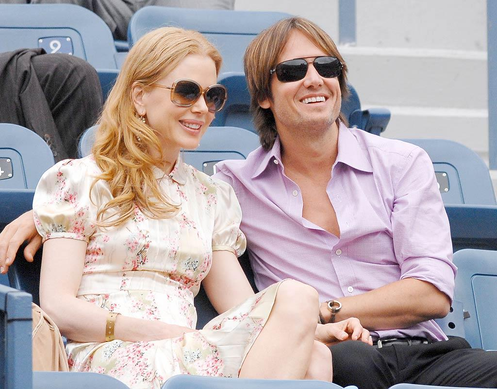 "Nicole Kidman and her hubby, country crooner Keith Urban, watch tennis ace Roger Federer dismantle his opponent, Tommy Robredo, at this year's US Open. <a href=""http://www.x17online.com"" target=""new"">X17 Online</a> - September 7, 2009"