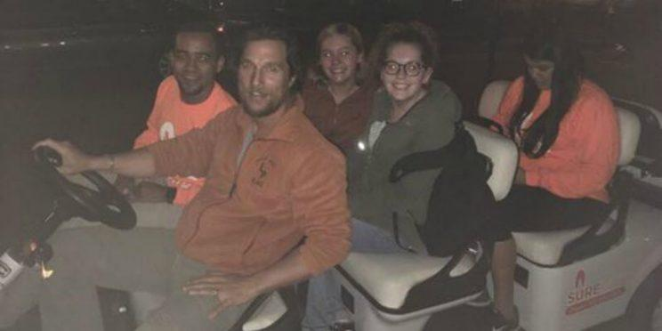Matthew McConaughey picks up Texas students in golf buggy ...
