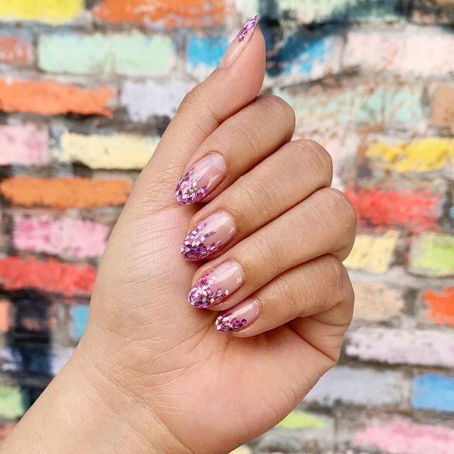 """<p>Opt for a chunky glitter polish for a change of pace on your regular ombre glitter.</p><p><a href=""""https://www.instagram.com/p/BwLWVP_n9j_/"""" rel=""""nofollow noopener"""" target=""""_blank"""" data-ylk=""""slk:See the original post on Instagram"""" class=""""link rapid-noclick-resp"""">See the original post on Instagram</a></p>"""