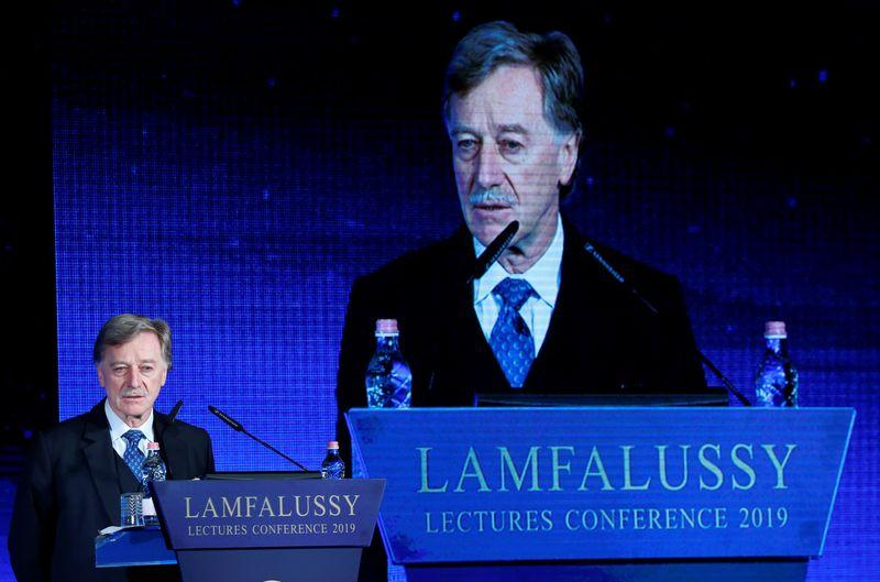 Euro zone ministers open talks on successor to ECB's Mersch