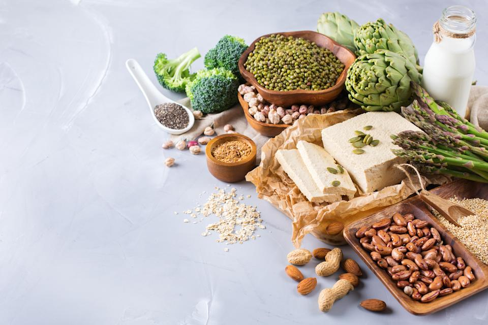 We really should be eating more of these high fibre foods [Photo: Getty]