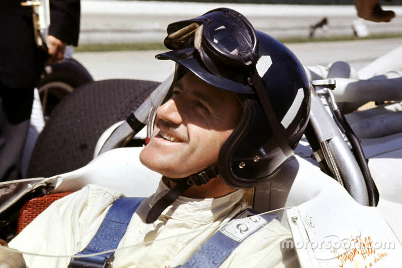 """Graham Hill, Lola T90 Ford, winner<span class=""""copyright"""">LAT Images</span>"""