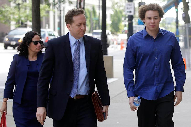 Marcus Hutchins (R), the British cyber security expert (AFP/Getty Images)