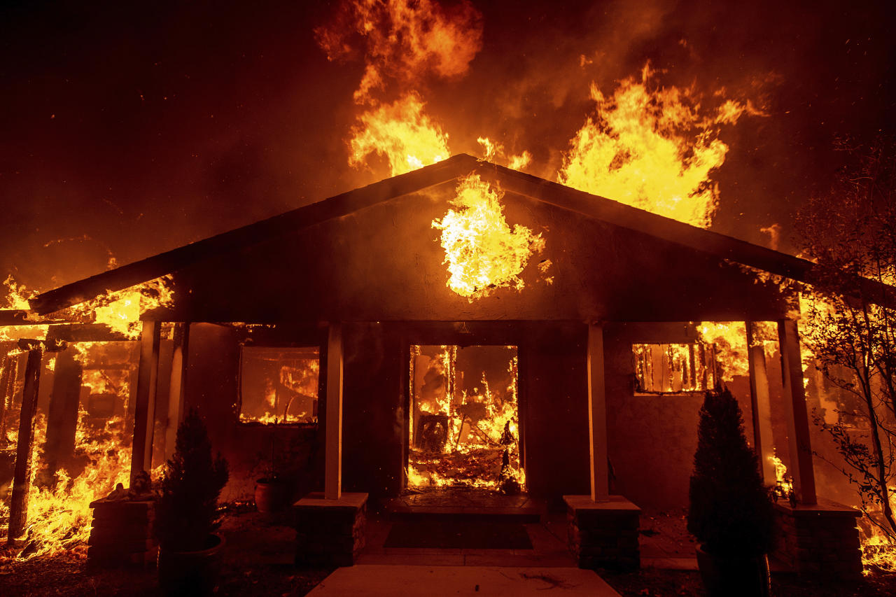 Tens of Thousands Evacuate as Wildfires Char California Towns