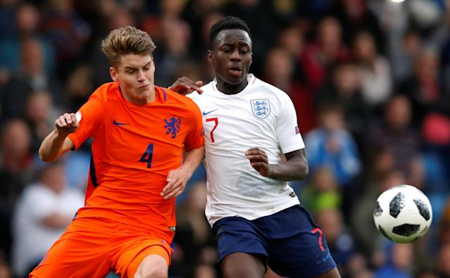 Soccer Football - UEFA European Under-17 Championship Semi-Final - England vs Netherlands - Proact Stadium, Chesterfield, Britain - May 17, 2018 England's Arvin Appiah in action with Netherlands' Ramon Hendriks Action Images via Reuters/Carl Recine