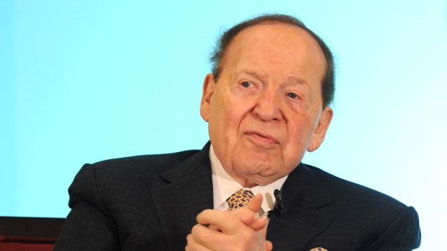 Behind Gingrich's Rise, Billionaire Pal Sheldon Adelson