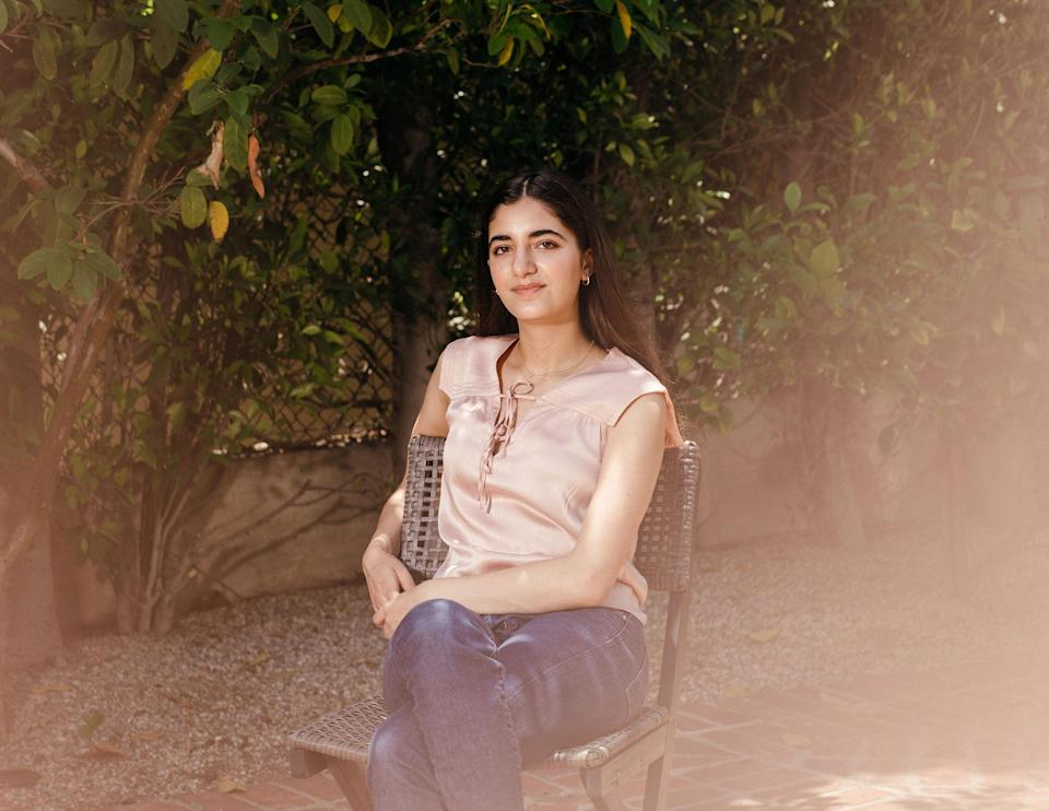 """Kelly Danielpour, founder of the website VaxTeen.org, in Los Angeles, on June 16, 2021.<span class=""""copyright"""">Jessica Pons—The New York Times/Redux</span>"""