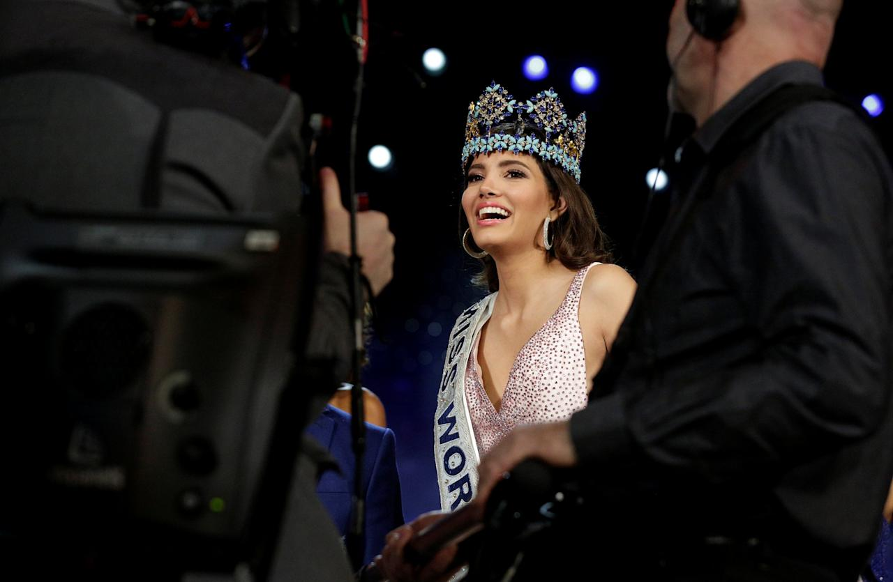 <p>Miss Puerto Rico Stephanie Del Valle speaks to the media after winning the Miss World 2016 Competition in Oxen Hill, Maryland, U.S., December 18, 2016. REUTERS/Joshua Roberts </p>