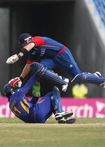 ST. JOHN'S, ANTIGUA AND BARBUDA - APRIL 04:  RIL 04:  Ian Bell of England jumps over Kumar Sangakkara of Sri Lanka during the ICC Cricket World Cup Super Eights match between England and Sri Lanka at the Sir Vivian Richards Stadium on April 4, 2007 in St. John's, Antigua and Barbuda.  (Photo by Tom Shaw/Getty Images)