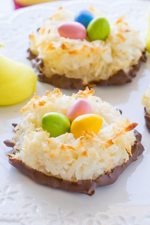 """<p><span>These macaroon nests would make a perfect gift for friends, coworkers, or teachers. Just wrap them in a cookie bag, and don't forget to set a Peep on top!</span></p><p><strong>Get the recipe at <a href=""""http://www.iwashyoudry.com/2016/03/04/coconut-macaroon-easter-nests/"""" rel=""""nofollow noopener"""" target=""""_blank"""" data-ylk=""""slk:I Wash You Dry"""" class=""""link rapid-noclick-resp"""">I Wash You Dry</a>. </strong></p>"""