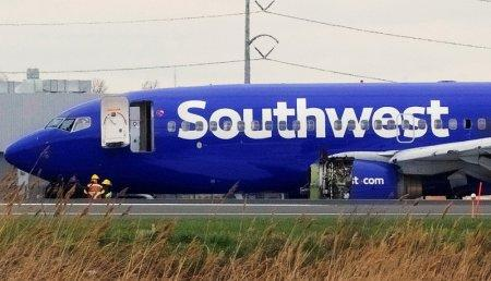 Southwest sends apology, $US5,000, to passengers on damaged jet