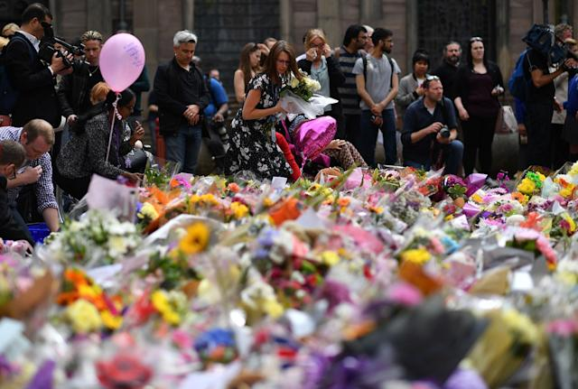 <p>Thousands of people across the country have paid tribute to the victims of the attack. </p>