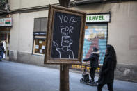 """<p>Cafeteria poster that says """"Vote for Coffee"""" in Barcelona, Spain, on Dec. 21, 2017. (Photograph by Jose Colon / MeMo for Yahoo News) </p>"""