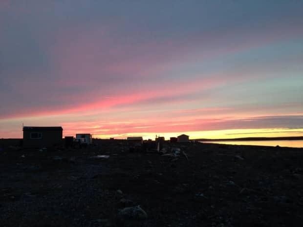 The hamlet of Rankin Inlet, Nunavut, pop. 2,800. A Nunavut woman who lives there says her 12-year-old son lost 15 pounds while waiting to have a tooth removed this year. (Juanita Taylor/CBC - image credit)