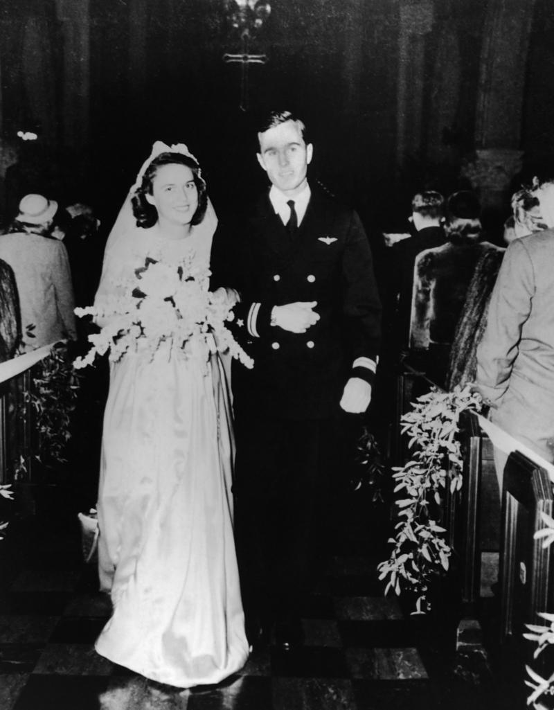 Navy Lieutenant George H.W. Bush and Barbara Pierce get married in the First Presbyterian Church in Rye, New York, on Jan. 6, 1945.