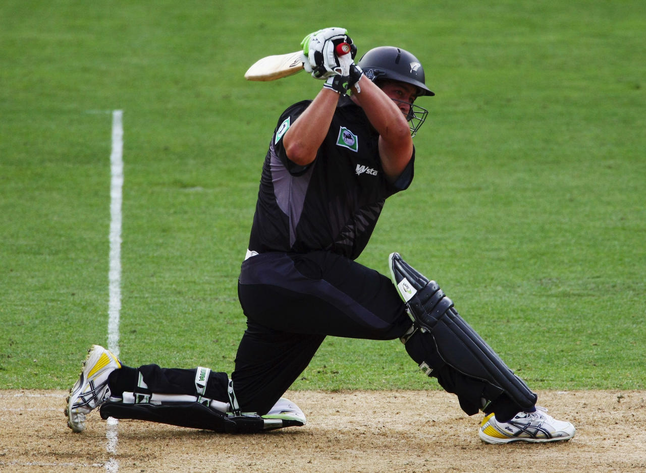 WELLINGTON, NEW ZEALAND - FEBRUARY 09:  Jesse Ryder of New Zealand plays a shot during the first National Bank series One Day International match between New Zealand and England at the Westpac Stadium on February 9, 2008 in Wellington, New Zealand.  (Photo by Clive Rose/Getty Images)