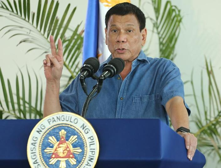 Philippine President Rodrigo Duterte clarified that he would not sever his nation's ties with the US (AFP Photo/Manman Dejeto)