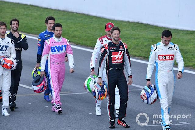 "Sergio Pérez, Racing Point, Romain Grosjean, Haas F1 y Nicholas Latifi, Williams Racing <span class=""copyright"">Mark Sutton / Motorsport Images</span>"