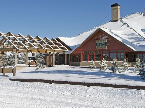 Gentil View Photos. In Winter, Old Faithful Snow Lodge ...