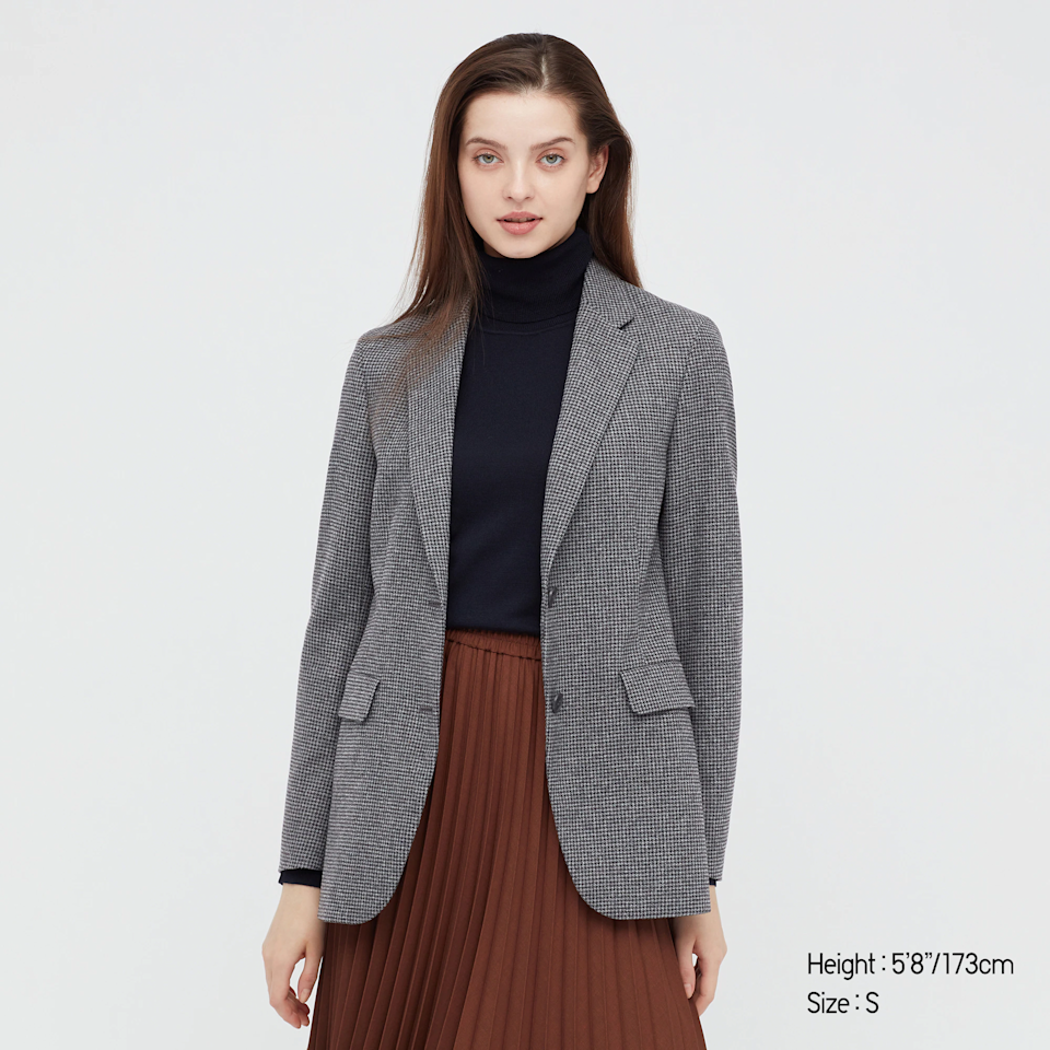 """<br><br><strong>Uniqlo</strong> RELAXED TAILORED JACKET, $, available at <a href=""""https://go.skimresources.com/?id=30283X879131&url=https%3A%2F%2Fwww.uniqlo.com%2Fus%2Fen%2Fwomen-relaxed-tailored-jacket-439701.html"""" rel=""""nofollow noopener"""" target=""""_blank"""" data-ylk=""""slk:Uniqlo"""" class=""""link rapid-noclick-resp"""">Uniqlo</a>"""