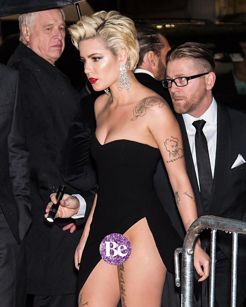 She strutted on like nothing had happened. Source: Splash News