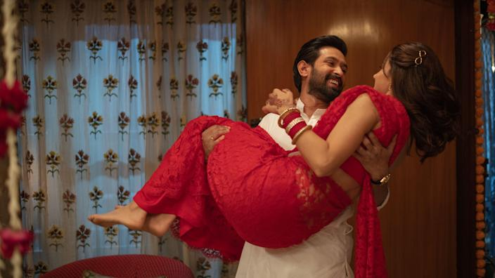 """<div class=""""paragraphs""""><p>Taapsee Pannu and Vikrant Massey in <em>Haseen Dillruba.</em></p></div>"""