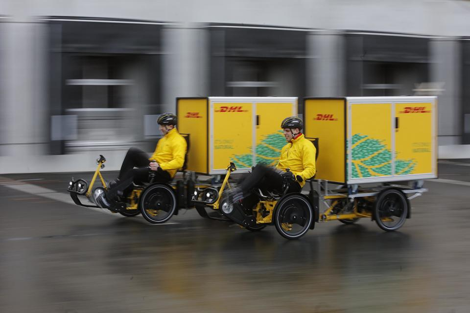 The DHL Cubicycle is a custom cargo bike that can carry a container with a load of up to 125 kg.