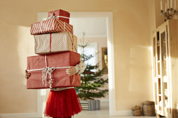 Parents are loving the 'four-gift rule' this Christmas, but what is it? [Photo: Getty]
