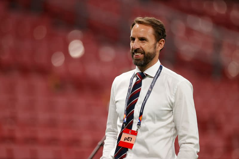 Southgate says Foden, Greenwood must regain his trust