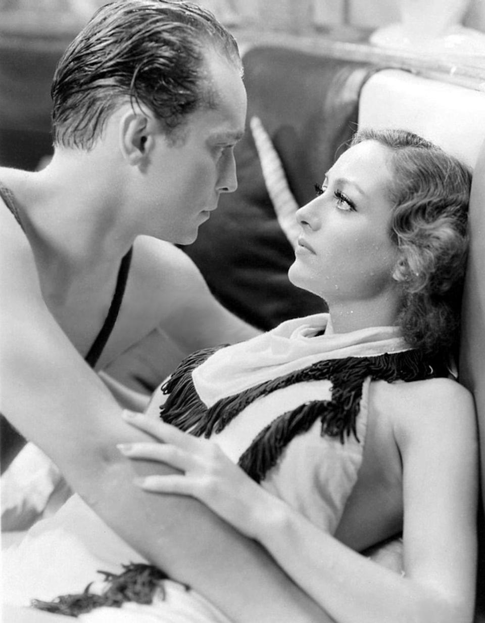 <p>The actress wed actor and frequent costar, Franchot Tone, in 1935. </p>