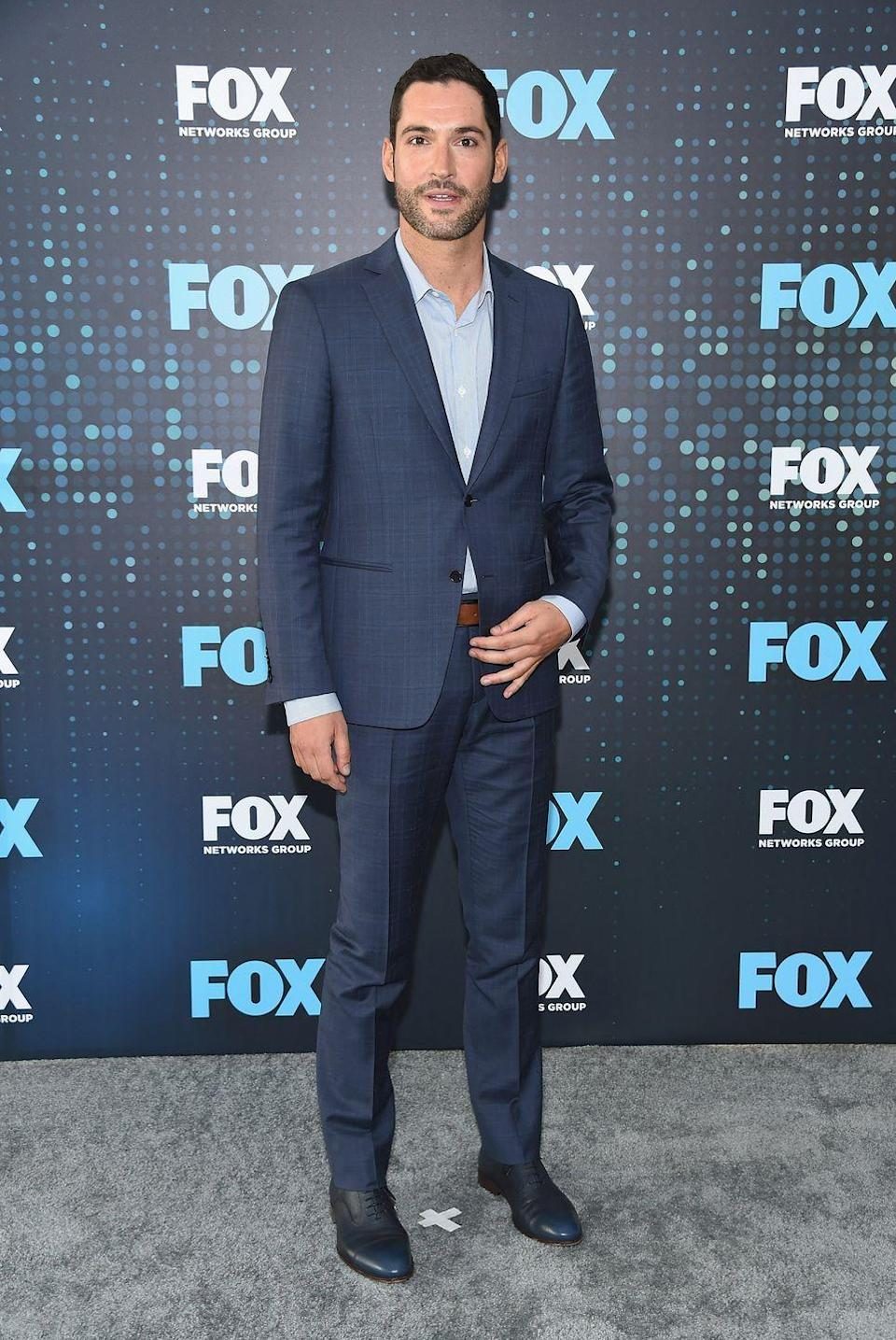 """<p>After his show <em>Lucifer</em> was renewed for season 4, Ellis felt he needed to step up his workout regimen and gain some muscle mass. """"We were going to train six days a week,"""" he told <em><a href=""""https://www.menshealth.com/fitness/a28435487/tom-ellis-lucifer-workout/"""" rel=""""nofollow noopener"""" target=""""_blank"""" data-ylk=""""slk:Men's Health"""" class=""""link rapid-noclick-resp"""">Men's Health</a></em>. """"We would do four days of it as an upper-lower body split using big compound movements to get the big muscles going.""""</p><p><a class=""""link rapid-noclick-resp"""" href=""""https://www.youtube.com/watch?v=F05fvnuF6iw&t=5s"""" rel=""""nofollow noopener"""" target=""""_blank"""" data-ylk=""""slk:Watch here"""">Watch here</a></p>"""
