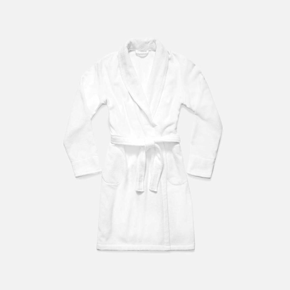 """<h2>Brooklinen Super-Plush Robe</h2><br>You've seen this robe talked about, and featured across all platforms, but there's a good reason. It's cozy, it's soft, and it'll make anyone who receives it rejoice. <br><br><em>Shop <strong><a href=""""https://fave.co/36Xckek"""" rel=""""nofollow noopener"""" target=""""_blank"""" data-ylk=""""slk:Brooklinen"""" class=""""link rapid-noclick-resp"""">Brooklinen</a></strong></em> <br><br><strong>Brooklinen</strong> Super-Plush Robe, $, available at <a href=""""https://go.skimresources.com/?id=30283X879131&url=https%3A%2F%2Fwww.brooklinen.com%2Fproducts%2Fsuper-plush-robe"""" rel=""""nofollow noopener"""" target=""""_blank"""" data-ylk=""""slk:Brooklinen"""" class=""""link rapid-noclick-resp"""">Brooklinen</a>"""