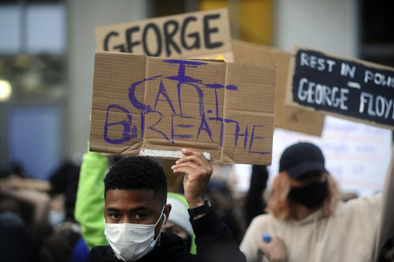 OAKLAND, USA - MAY 29: Protestors showed up in downtown Oakland to show solidarity with the protestors following the death of George Floyd in Minneapolis, Minnesota on May 29, 2020. A little after 9 PM the Oakland Police issued an unlawful assembly order and began using tear gas to disperse the crowd. Several businesses in the city hall complex area were broken into. (Photo by Neal Waters/Anadolu Agency via Getty Images) (Photo: Anadolu Agency via Getty Images)