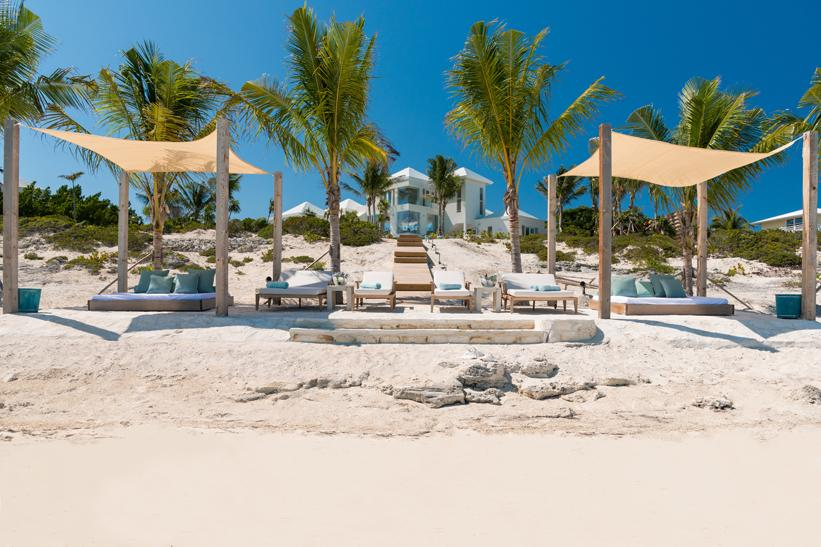 <p>Tanning is a luxury experience with these beachfront cabanas and comfy lounge chairs on hand.</p>
