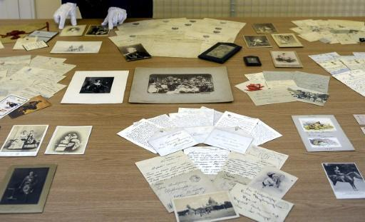 A century on, royal family's letters return to Russia