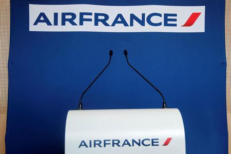 Paris: Staff Reject Pay Deal As Air France-KLM Boss Resigns