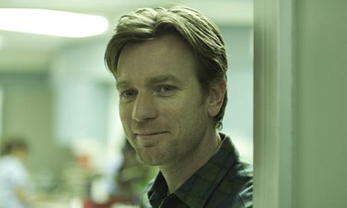 <p>Ewan McGregor as Oliver, a young man reflecting on the life and death of his father, while trying to forge a new relationship with a woman dealing with father issues of her own.</p>