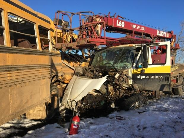 Students in critical condition after school bus crash near Smoky Lake, Alta.
