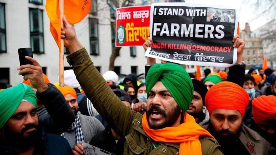 Protesting farmer unions ask government to fix date for talks