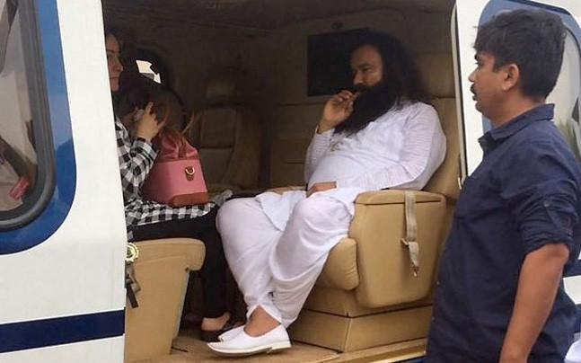 <p>On the advice of Honeypreet, Gurmeet Ram Rahim started doing musical nights and ventured into film-making.</p>